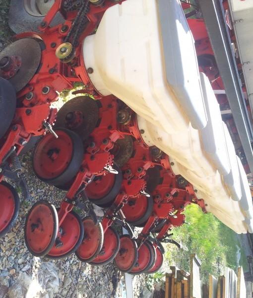 Maquina de siembra directa monograno