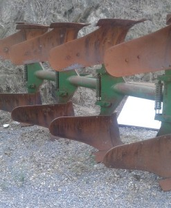 arado de vertedera usado